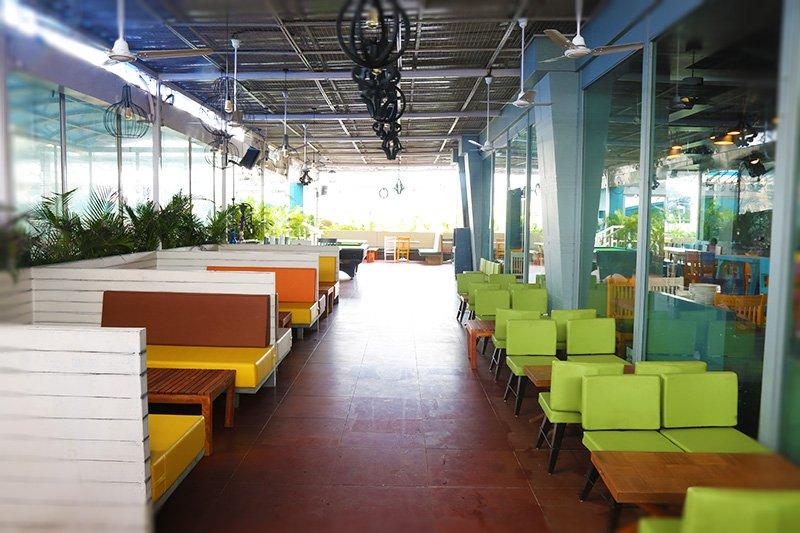 Penthouzz rooftop bar kandivali mumbai aesthos