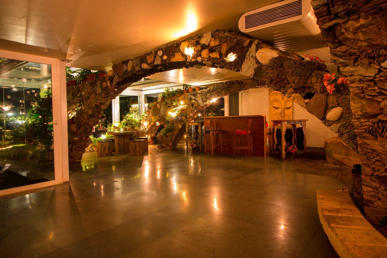 kino-cottage-versova-banquet-interior-design-15