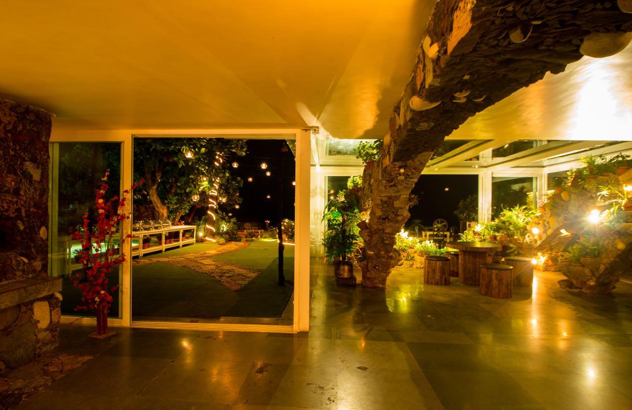 kino-cottage-versova-banquet-interior-design-18