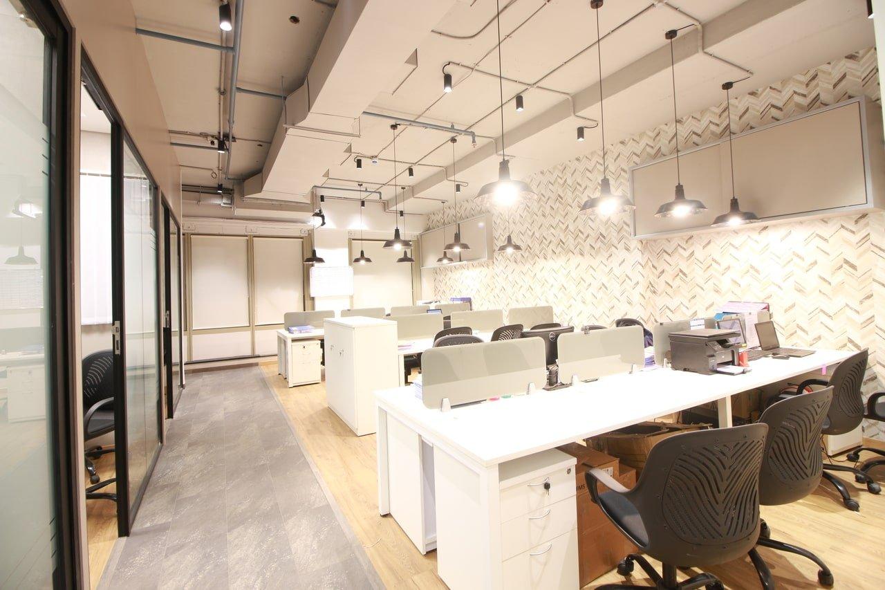 lodha-supremus-powai-office-interior-design-mumbai-1