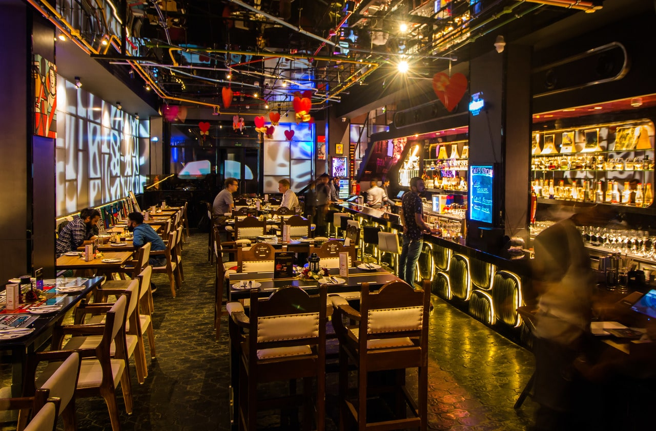 london-taxi-bar-diner-lounge-interior-design-parel-mumbai-15
