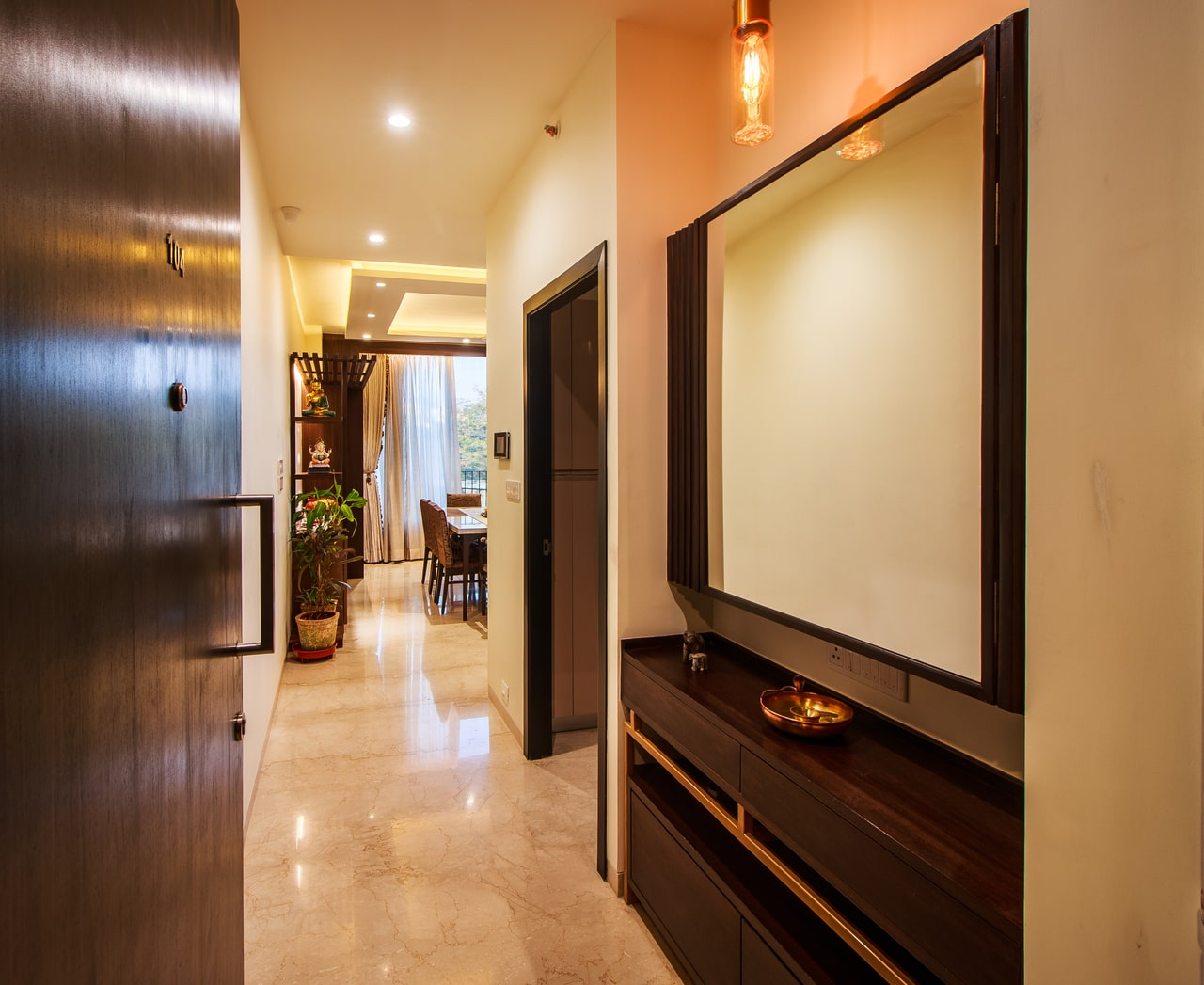 esquire-a-oberoi-realty-residence-home-interior-design-goregaon-mumbai-1