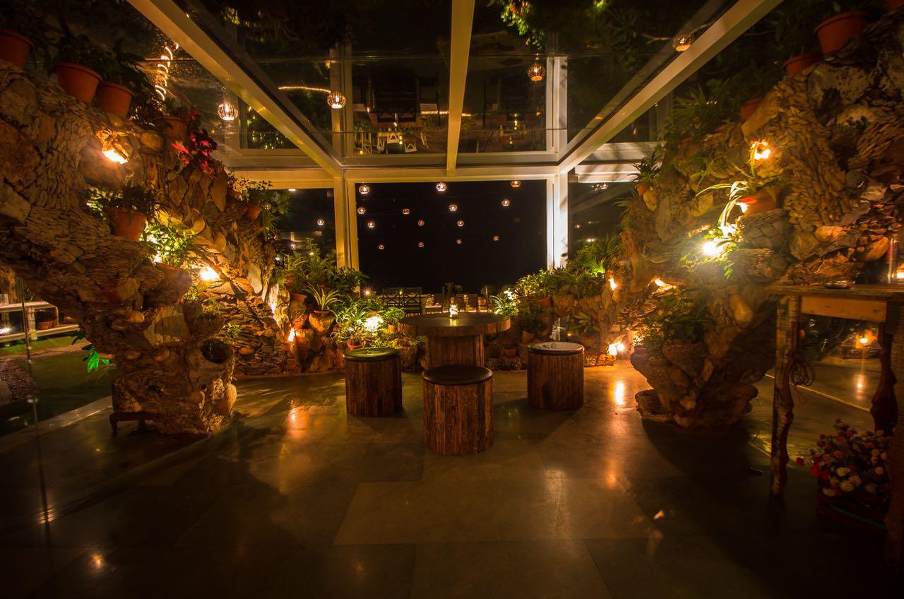 kino-cottage-versova-banquet-interior-design-14